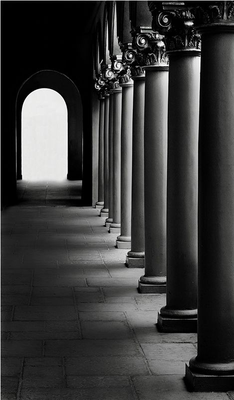 portico by leo on Fotoblur | Architecture Photography