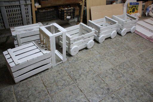 DIY Wood Crate Train Planter Tutorial
