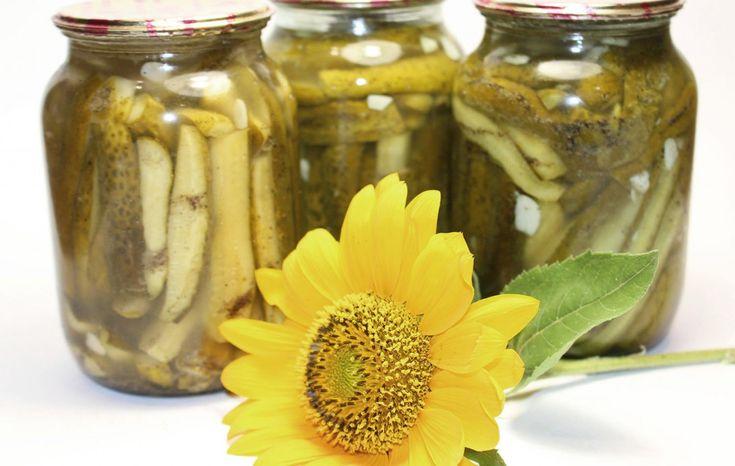 Огурцы в чесночном маринаде (заготовки, консервация)