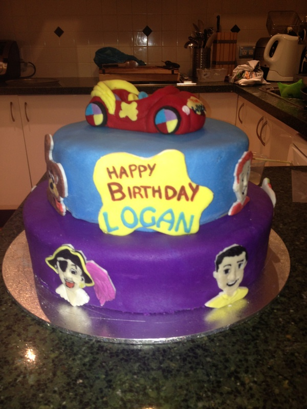 Wiggles cake, custom made wiggles cake toppers made by Sweet Toppers all available to   https://www.facebook.com/SweetToppers?ref=hl  http://cgi.ebay.com.au/ws/eBayISAPI.dll?ViewItem&item=111269905363&ssPageName=STRK:MESE:IT