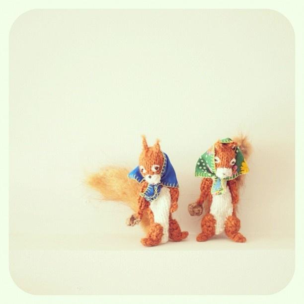 ターニャの指人形。イタズラっ子のリスの兄弟。 - @iokamiho- #webstagram