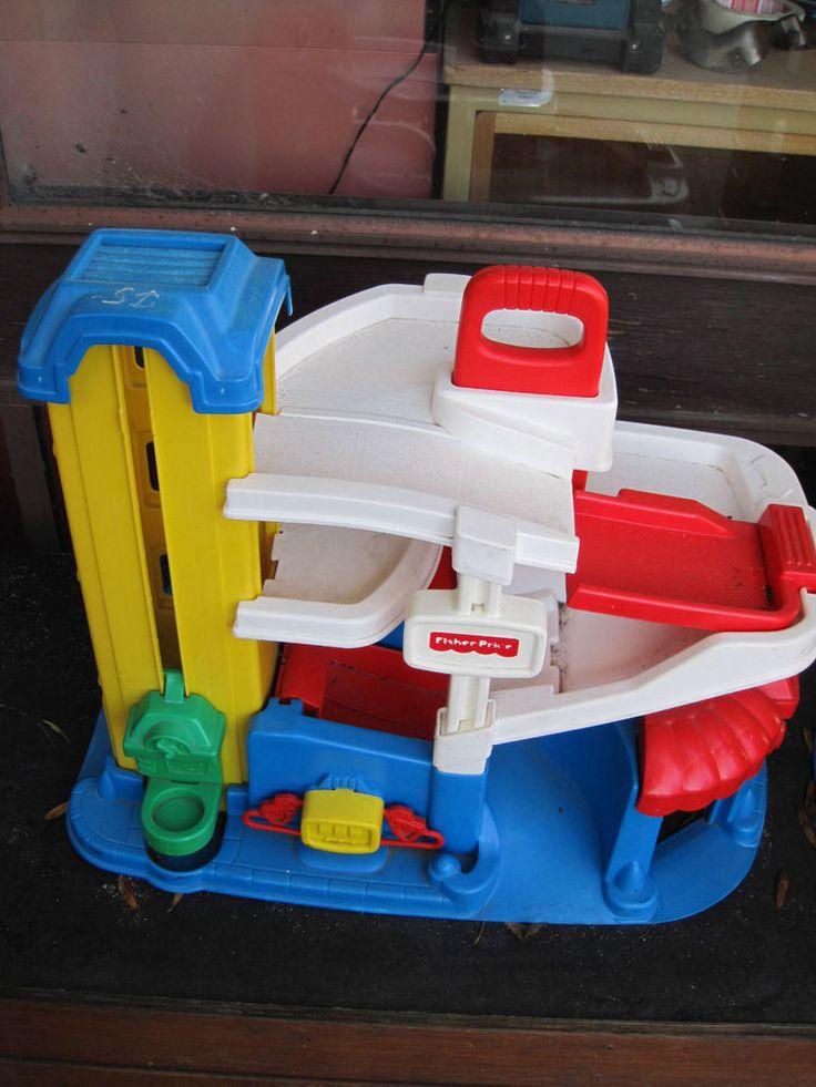 Les 17 meilleures images concernant jouets antoine sur for Garage a persan