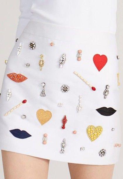 Skirt: white skirt, heart, mini skirt, embellished, embellished skirt, lip print, embroidered, rhinestones, beaded - Wheretoget