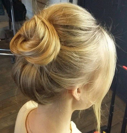 35 Easy And Pretty Top Knot Hairstyles Long Hair Styles
