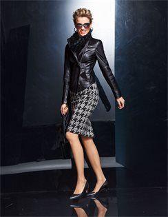 Leather jacket, nappa lamb, Fur scarf, Sunglasses, Shoulder bag, Skirt