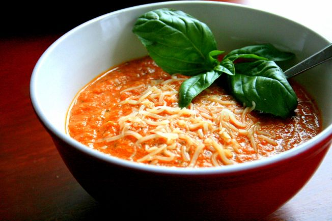 Roasted tomato and eggplant soup | om nom nom | Pinterest
