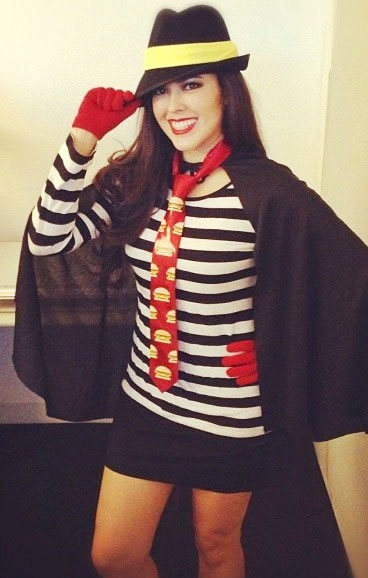 Hamburglar costume for this years holloween! Finally found it.