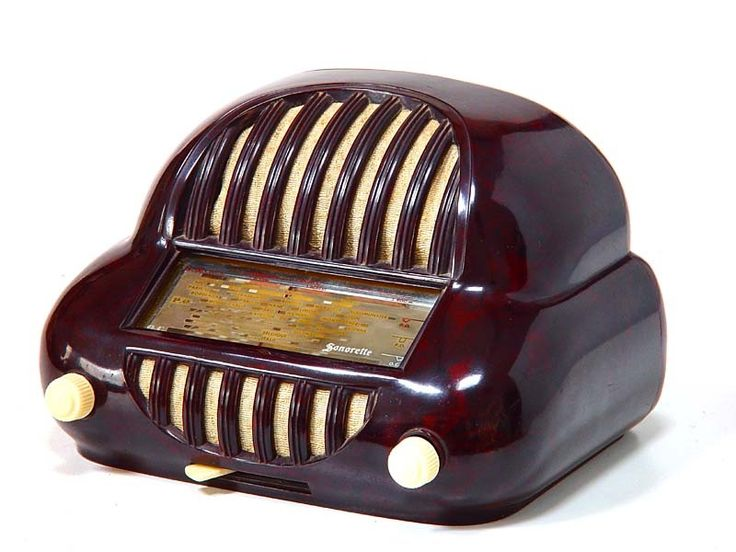 Chocolate Bakelite Radio