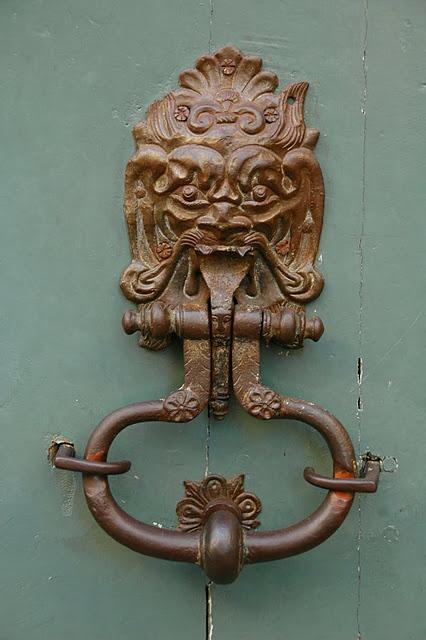 1000 images about unique door knockers on pinterest english antique door knockers and art - Unusual door knocker ...