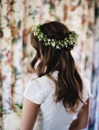 Simple with headpiece