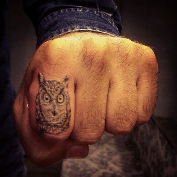 1000 images about lion finger tattoo on pinterest cara for Finger lion tattoo
