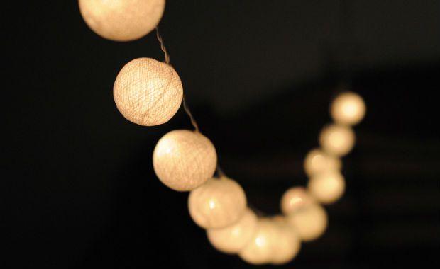 Home page - Geef kleur aan je interieur met Cotton Ball Lights