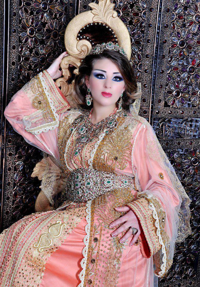 تجهيز القفطان المغربي للبيع بالحملة والقطاعي للتواصل المراسلة على الوتساب      00212655835394