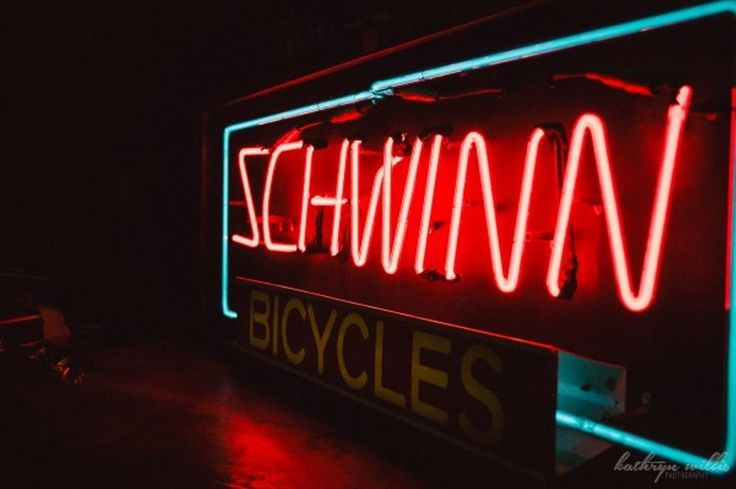 Memphis Motorcycle Co. was one of the first Schwinn dealerships selling Schwinn bicycles Henderson motorcycles and Whizzer motorbikes as well as some Indian brand motorcycles. The store also distributed bike parts throughout the Southeast. Click the link in our bio for more about this historic Memphis business! #memphistypehistory