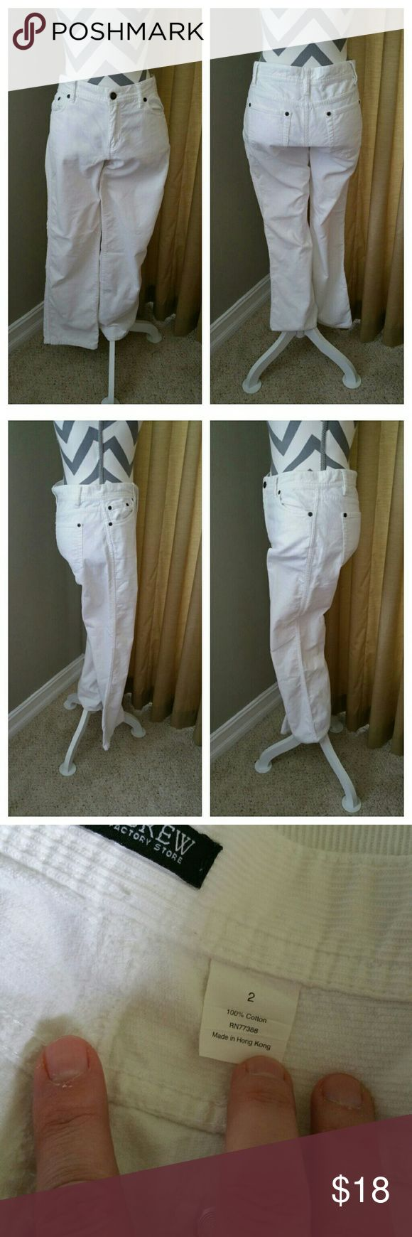 J. Crew Off White Corduroys J.Crew Off White Corduroys in EUC with no flaws. Great broken feel to them, not stiff at all. Measurements to come.... Located in Poshmark closet @taylord2covet. J. Crew Factory Pants