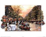 Paris Girls Promenade Cafe