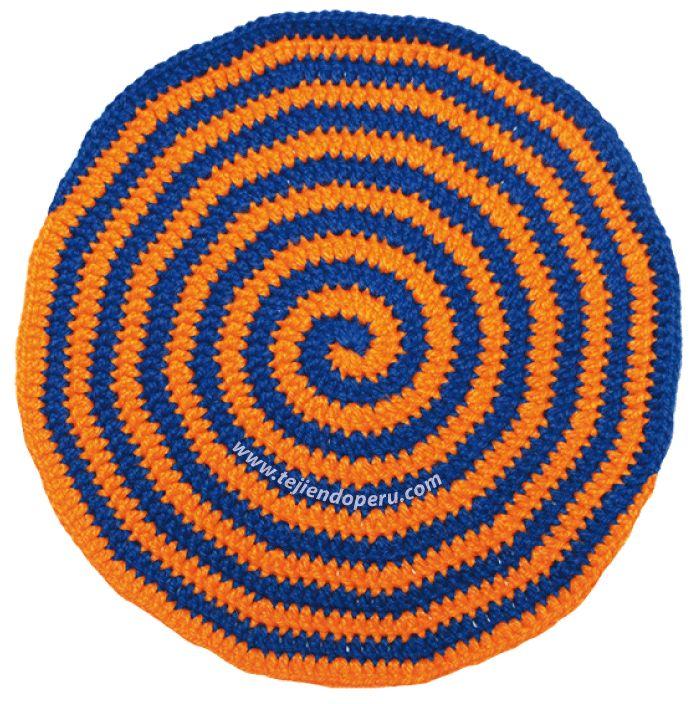 Cómo tejer el punto espiral en dos colores a crochet