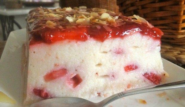Χαλβάς σεμιφρέντο με φράουλες, από την Μπέττυ και το «Taste of life by Betty»!