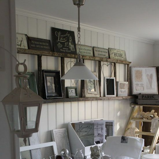 Using an old wooden ladder as a display shelf.... great idea!!: Wall Decor, Decor Ideas, Old Ladder, Creative Wall, Ladders, Ladder Decor, Vintage Ladder, Display Shelves, Ladder Shelves