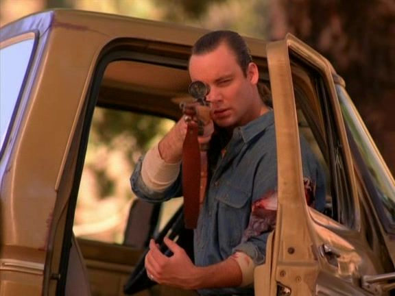 Recap of Twin Peaks Season 1 Episode 7 (S01E07) - 8