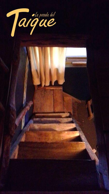 Escalera Rustica  de Madera Nativa Coihue - Mañio