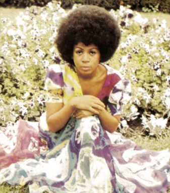 Minnie Ripperton hunnay! 'cause lovin' you is easy 'cause your beautiful... and everyday of my life is filled with lovin' you..