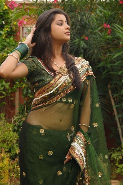 Madhurima Showing Hot Navel and Hip by Wearing Saree very Low - Indian Actress Club
