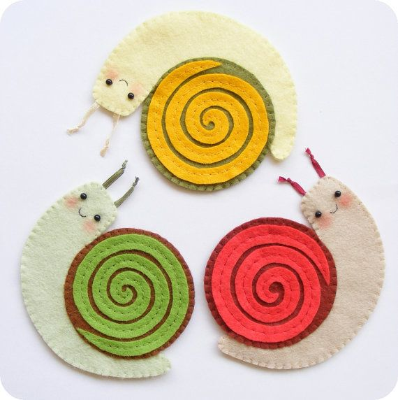 PDF pattern - Funny felt snail coasters - Fall mug rug, autumn table decoration, garden party coasters, DIY easy sewing pattern