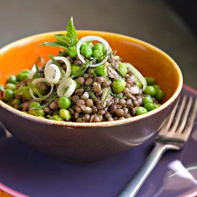 Découvrez la recette de la salade de petits pois et lentilles