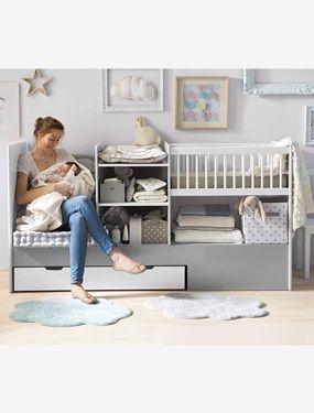 Fonctionnel et modulable selon vos envies, ce lit évolue au fil du temps et s'adapte à merveille à la chambre de votre enfant !  DIMENSIONS : voir fiche technique ci-dessous 4 phases d'utilisation :  Berceau jusqu'à 4 mois (couchage : 40 x 80 cm) + côté siège + table à langer (jusqu'à 15 kg) + 2 niches de rangements Lit à barreaux (couchage : 60 x 120 cm) avec sommier réglable en hauteur sur 2 positions + espace de rangement Lit junior (couchage 90 x 190 cm) avec barrières de protection sur…