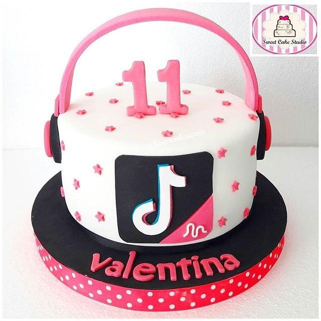 Tik Tok Cake Music Birthday Cakes Birthday Cake Girls Birthday Cakes For Teens