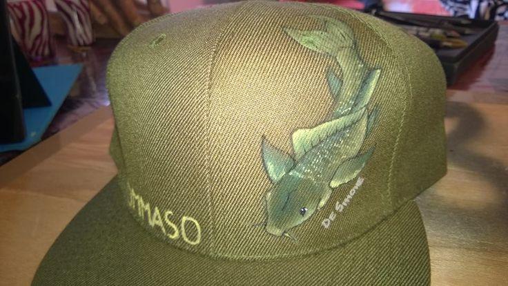 Cappello carpa e nome