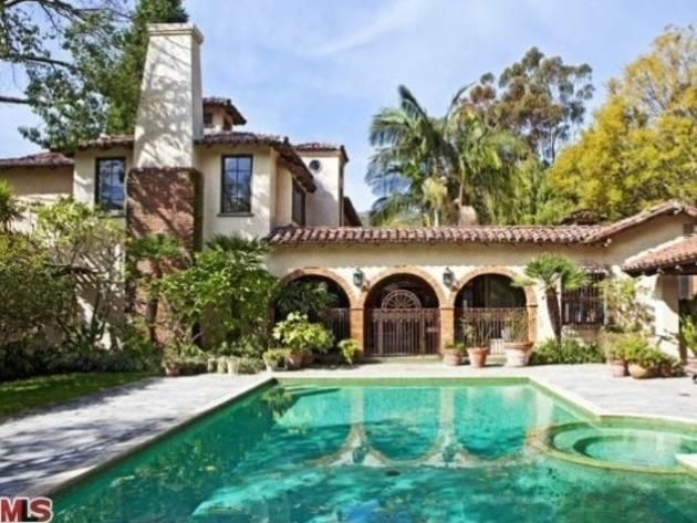 31 best movie star singers and other rich people images for Inside homes rich famous