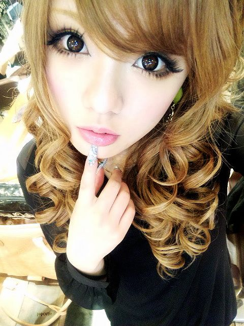 Circle lenses both freak me out and fascinate me