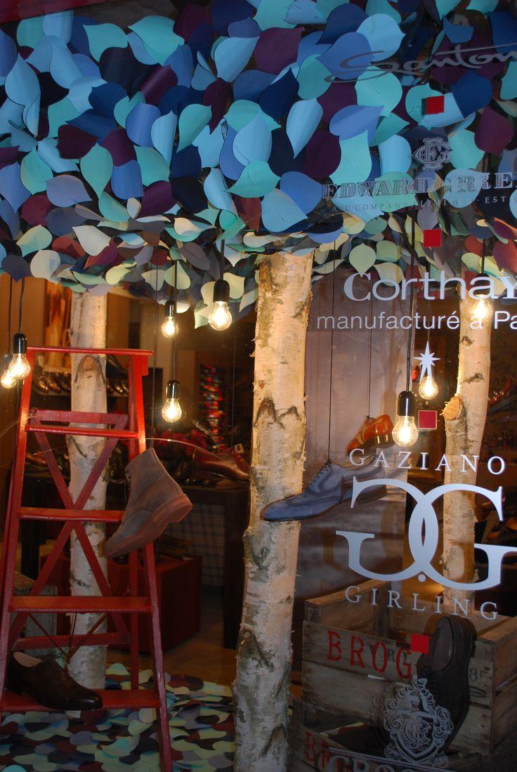 Luxury shoe boutique window display, Geneva. By kingston Lafferty Design. www.kingstonlaffertydesign