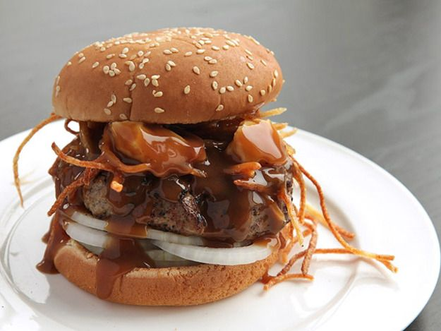 Poutine Burger (Burgers with Fried Potatoes, Cheese Curds, and Gravy) | Serious Eats : Recipes