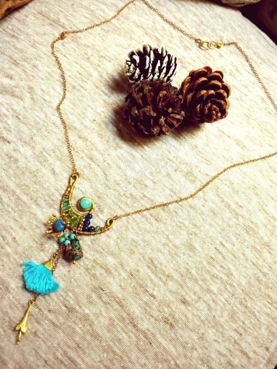 Summer breeze collar de Peridoto y Apatita montado en por Amanur
