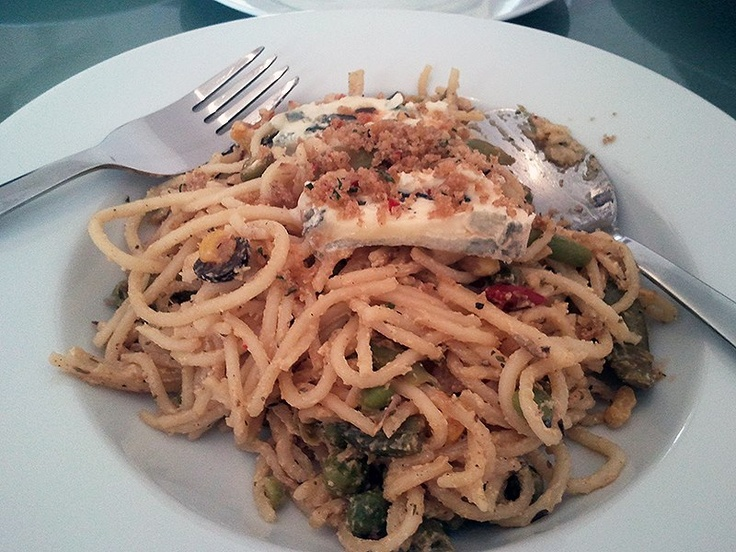 Spaghetti with Chilli-Rosemary-Crumbs, Martin S.