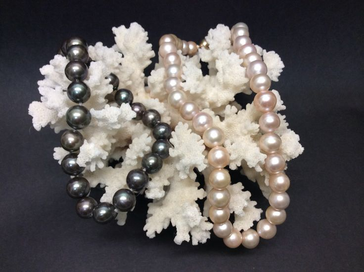 Pearls. Which colour? Black or pink?