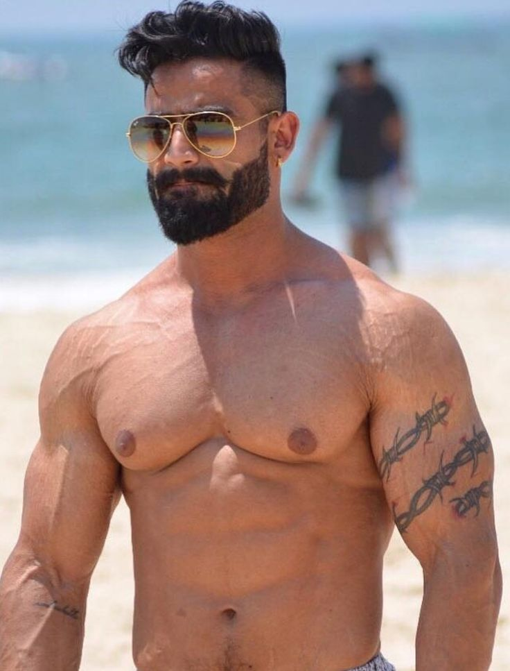 Pin by Randy on Men with Beards | Armpits, Mens hairstyles