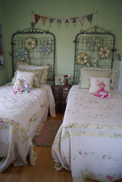 17 best images about gate upcycle on pinterest for Bedroom gate design