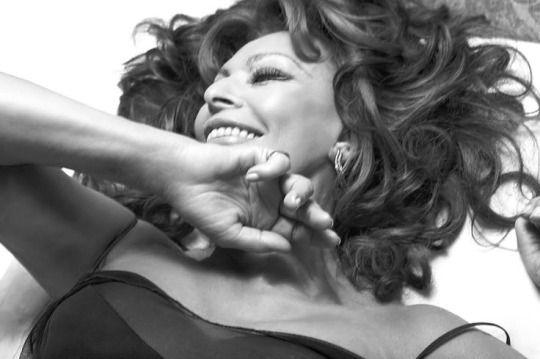 Sophia Loren *** Pirelli Calendar 2007