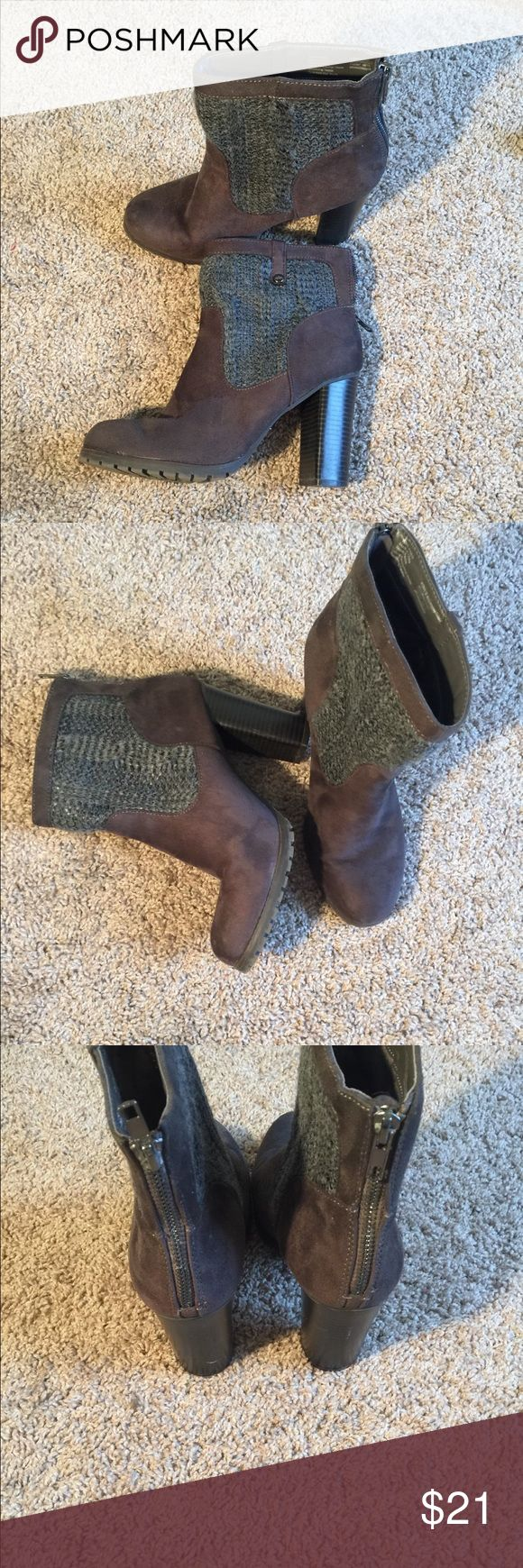 Juicy Couture brown ankle boots size 9 Juicy Couture Brown ankle boots with grey sweater top design. Gently worn size 9 Juicy Couture Shoes Ankle Boots & Booties