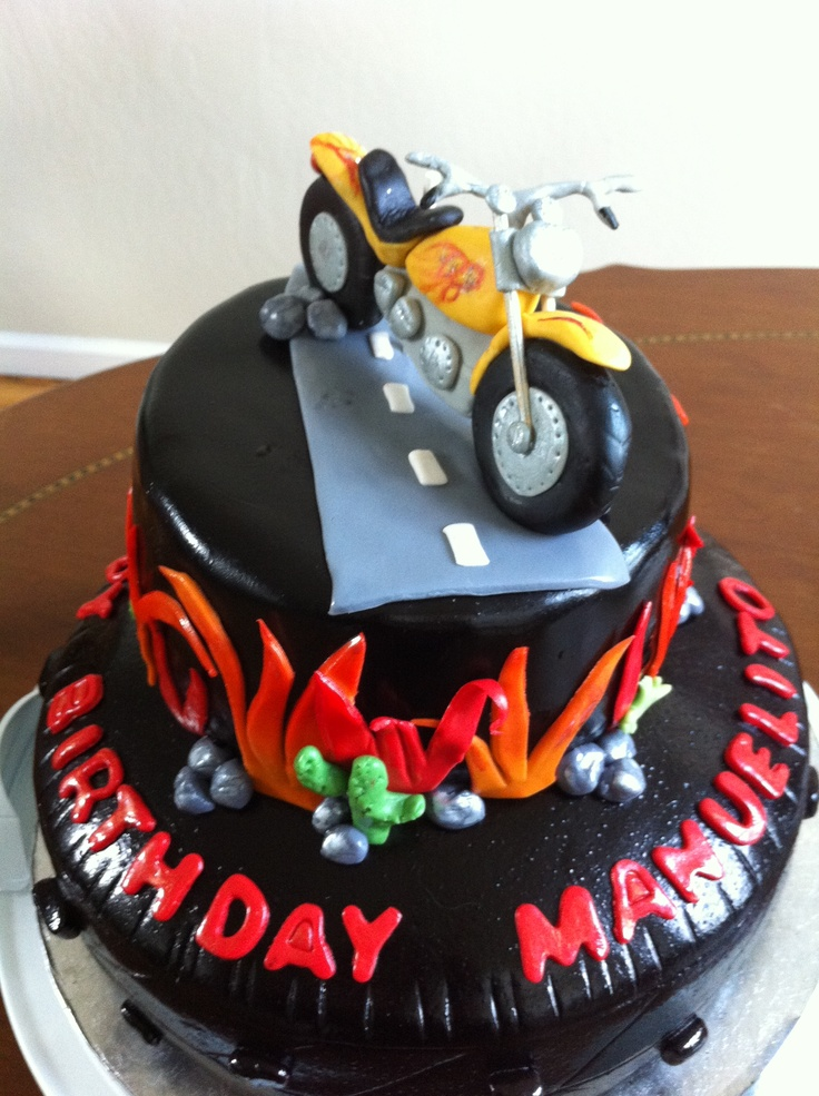 149 best Bike cake images on Pinterest Motorbike cake Motorcycle