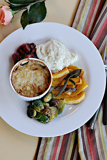 A veritable veggie Thanksgiving feast, complete with drinks pairings.: Drinks Pairings, 5 Courses Seasons, Courses Meals, Holidays Idea, Holidays Food, Foodies Bit, Courses Menu, Thanksgiving, Healthy Foodies