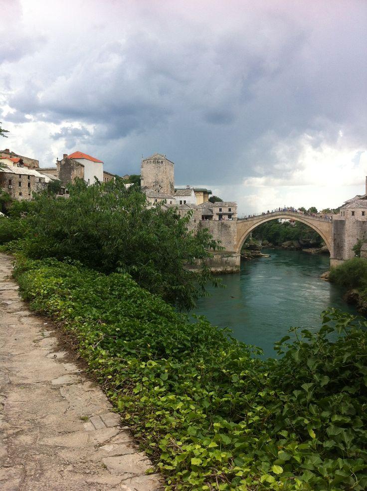 Mostar köprüsü