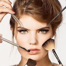 Prepárate para un fin de año inolvidable. Ponte guapa #labios #cejas #ojos #belleza #estética #pepa #viñas #peluquerías