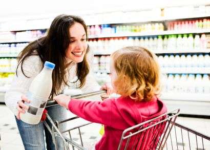 10 ways to practice communication at the grocery store.