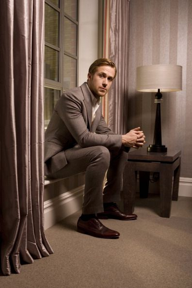 #RyanGosling in a suit