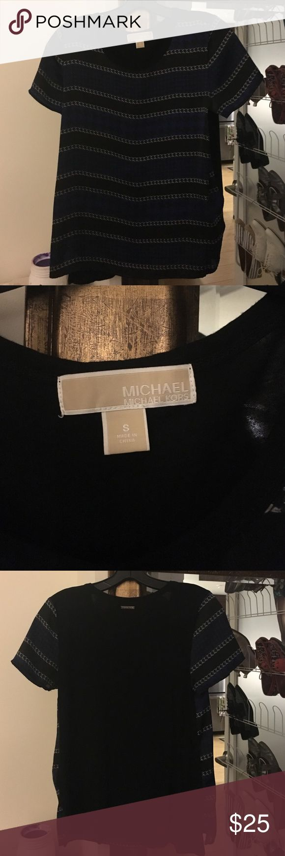 MIchael Kors Tshirt Houndstooth and Chain pattern in front. Black soft cotton back. Lightly used. MICHAEL Michael Kors Tops